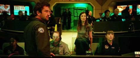 film geostorm smotret online geostorm trailer depicts the end of the world daily