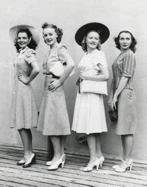 office fashion hairtyles for women at 40s 1940s fashion what did women wear in the 1940s