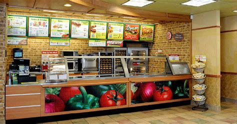 Caribbean Home Decor by Subway Restaurant Robbed At Closing By Two Armed Men