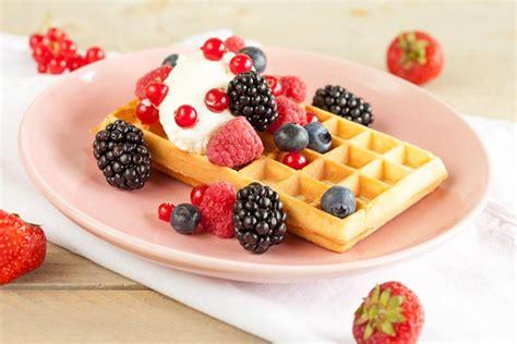 fruit waffles waffles with fruits ohmydish