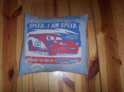 Pillows Out Of T Shirts by Pillow Out Of Your Favorite T Shirt Stuff