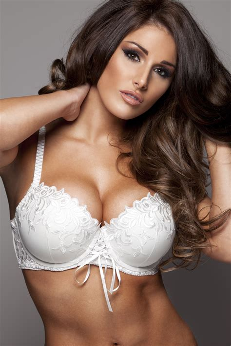 beautiful boobs lucy pinder hd wallpapers free download