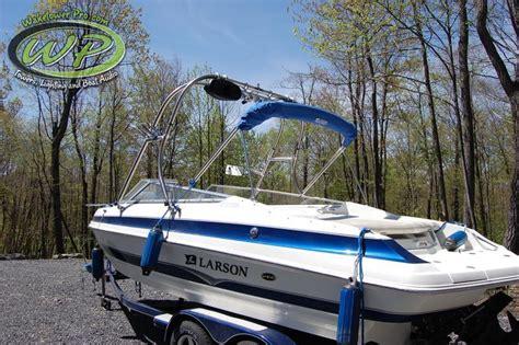 larson boats vs four winns wakeboard tower boat tower waketower speakers pontoon
