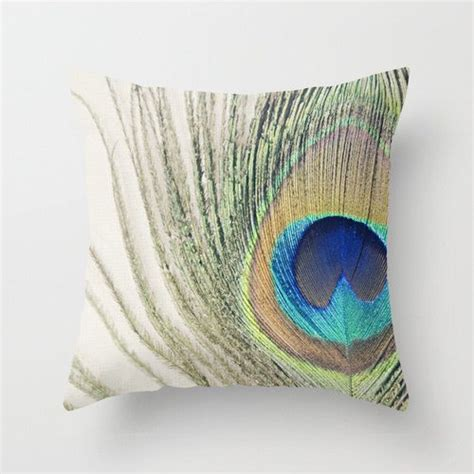 peacock feather home decor 212 best images about proud peacock decor on pinterest