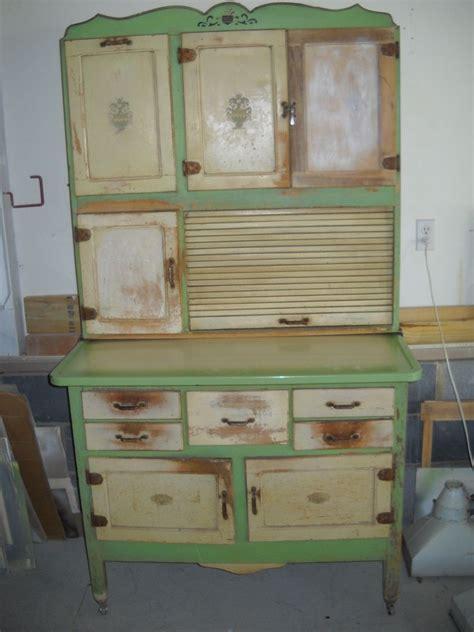 hoosier style kitchen cabinet hoosier2 vintage hoosier type kitchen cabinet with enamel top flour sifter 1929 art deco nu