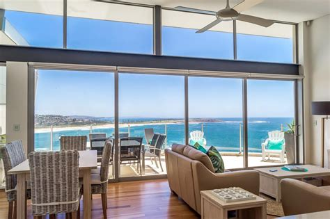 holiday appartments sydney holiday rental luxury apartment sydney beach living management