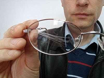 eyeglass scratch remover to use or not