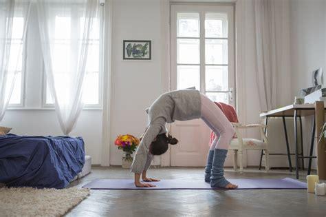 starting  yoga practice  home