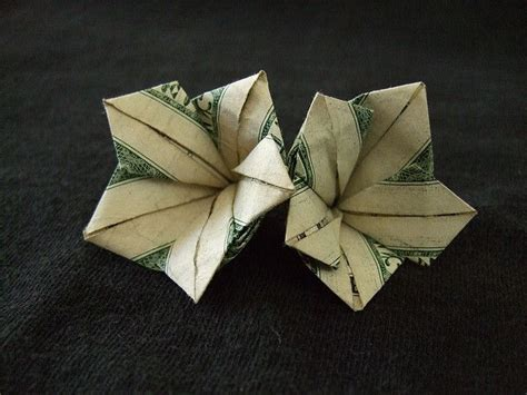 Origami Flower Dollar - 25 best ideas about money origami on folding