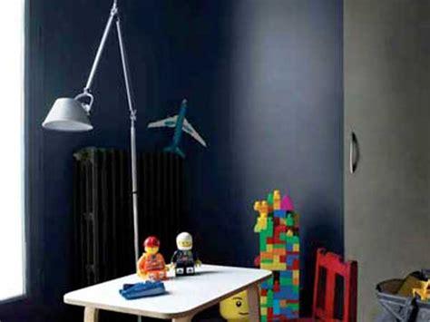 Bien Chambre Gris Et Aubergine #2: peinture-chambre-enfant-en-deux-couleurs-gris-et-bleu-nuit.jpg