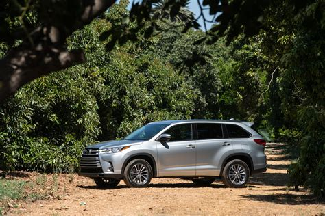 nissan highlander 2018 toyota highlander quality review the car connection