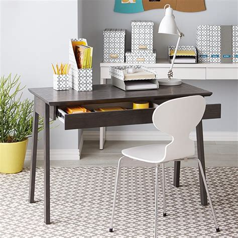 Small Computer Table For A Home Office With A Limited Computer Desk Decor