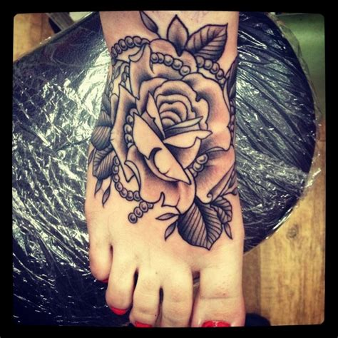 foot tattoos roses 8 black and white tattoos on foot