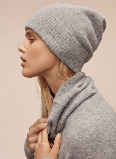 10 Must Winter Accessories by Must Winter Accessories
