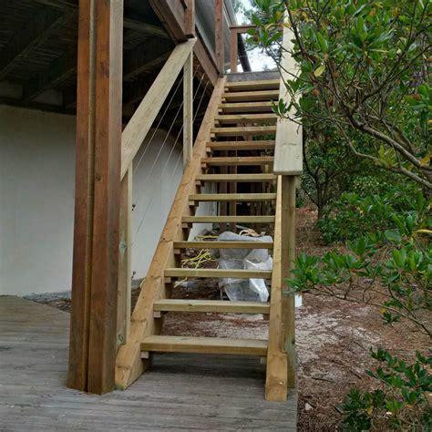 Escalier Exterieur En Bois by Escalier Exterieur En Bois Artisan Charpente Menuiserie