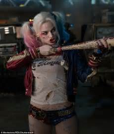 Margot Robbie reveals Harley Quinn outfit in Suicide Squad