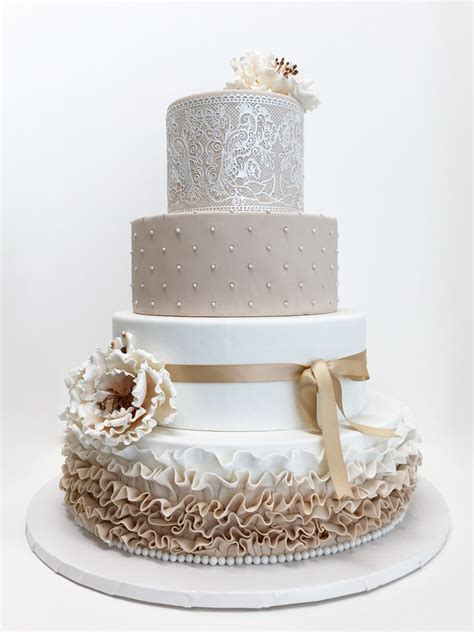 Wedding Cake Bc by Yonie Cakes Best Custom Cakes In Vancouver Bc