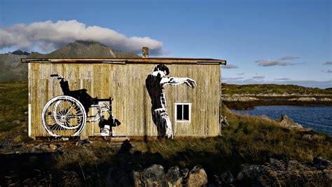 graffiti stencil art banksy dolk ramos de cultura