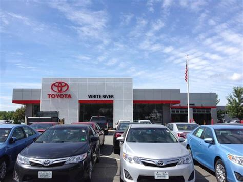 Toyota Dealers In Vt White River Toyota White River Junction Vt 05001 Car