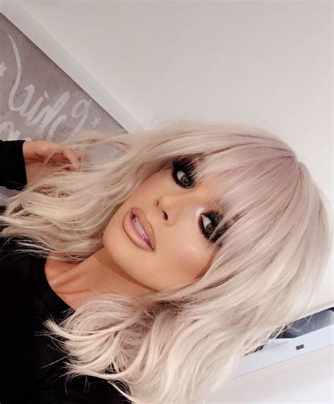 hairstyles blonde with fringe short layered haircut with bangs looks gorgeous on