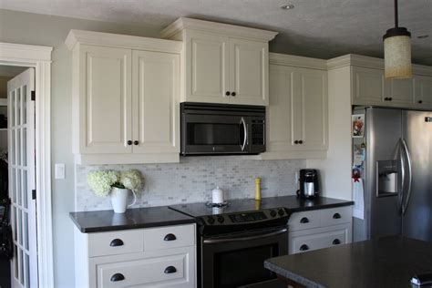 1000 ideas about black appliances on pinterest white cabinets with gray backsplash kitchen ideas