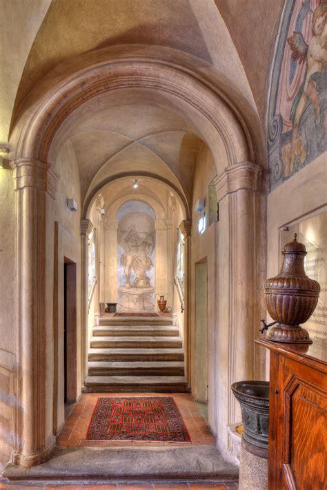 scale ingresso aboca museum l ingresso e le scalinate