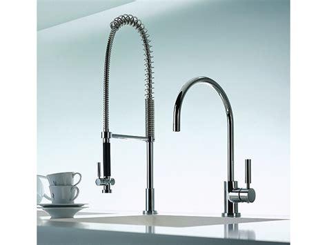 rubinetto cucina con doccetta rubinetto da cucina con doccetta 33 826 888 miscelatore