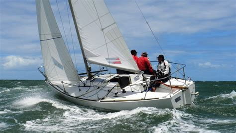 sailing boat j24 perry design review j 24 boats