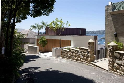 Amazing residence built on a slope: the Point Piper House
