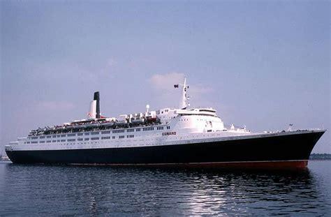file queen elizabeth 2 ship 1969 001 jpg wikimedia image gallery rms qe2