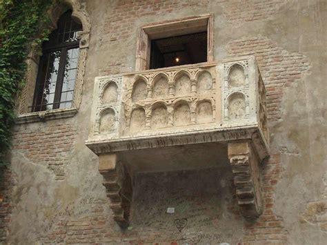 terrazzo romeo e giulietta romeo e giulietta ama e cambia il mondo foto 4 40
