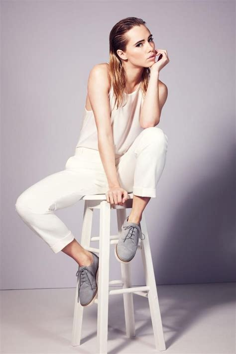 clothing themes for photography best 25 studio shoot ideas on pinterest studio poses
