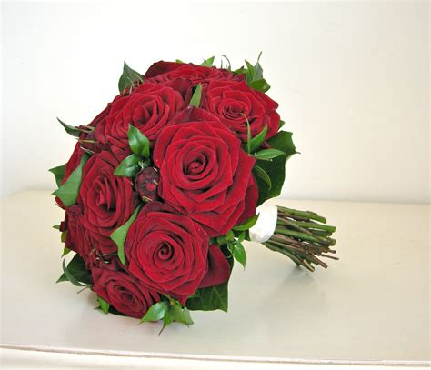 roses bouquet wedding flowers s wedding flowers roses modern country style