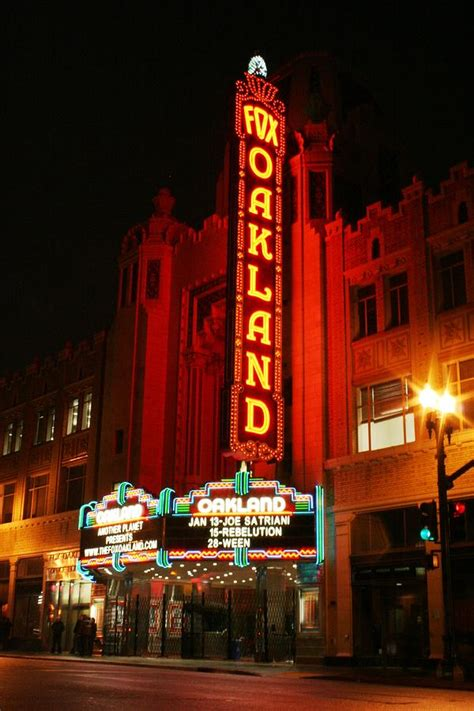 Fox Theater Gift Cards - fox theater oakland photograph by marcel van gemert