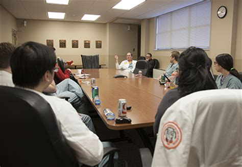 Ut Mba In Healthcare Capstone by Students Participate In New Gsm Courses