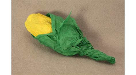 How To Make Corn Stalks Out Of Paper - tissue paper corn