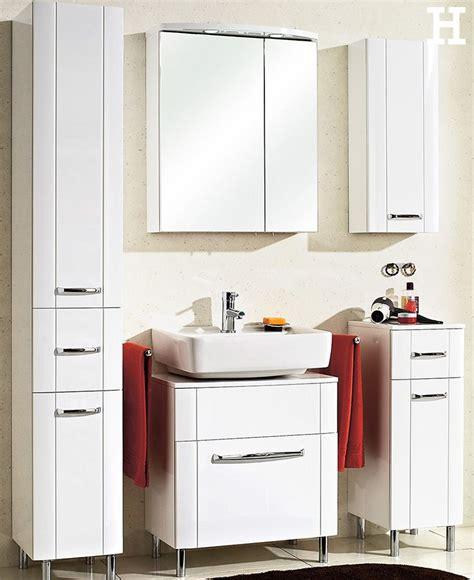badezimmer ideen auf einem etat die besten 17 ideen zu badezimmer spiegelschrank auf