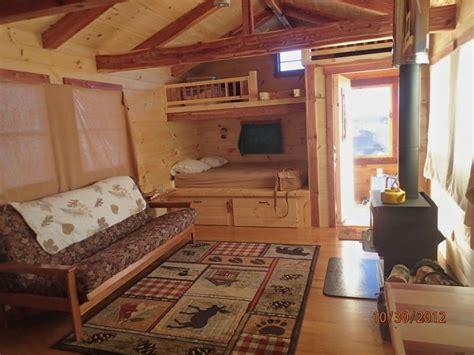 trophy amish cabins llc    cottage  sf