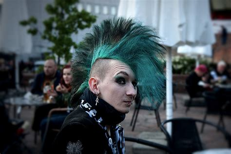how to do punk 7 easy ways to be goth gothic angel clothing