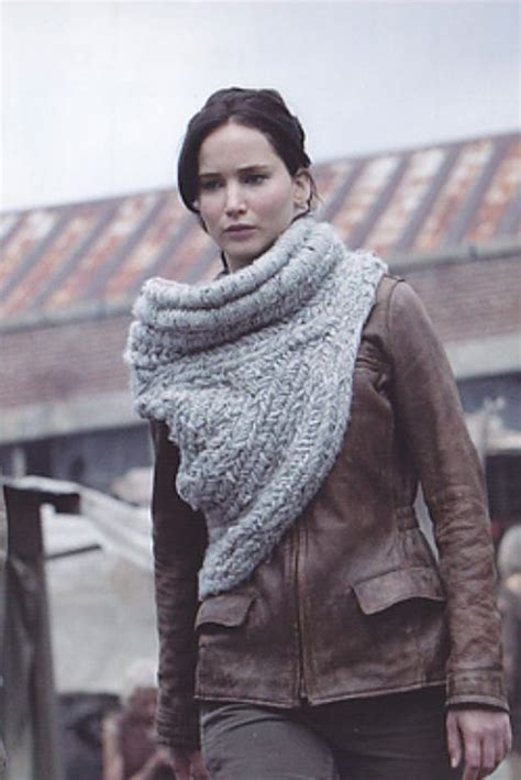 crochet pattern katniss cowl must make this katniss cowl found a pattern here http