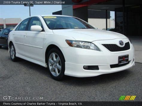 Toyota Camry 2009 White White 2009 Toyota Camry Se Charcoal Interior