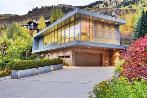 colorado mountain home in aspen custom home magazine modern aspen home on sale for 8 95 million extravaganzi