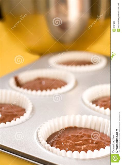 baking cupcakes stock photo image 9701230