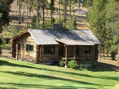 Stanley Idaho Cabins 301 moved permanently