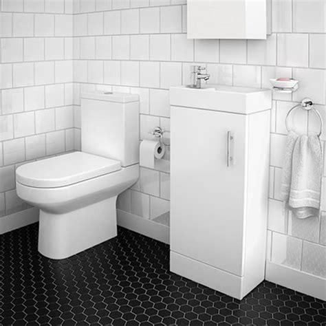 desain kamar mandi  keramik cat rumah minimalis