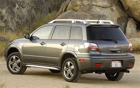 2006 Mitsubishi Outlander Information And Photos