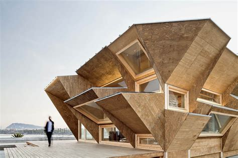 design architect 11 buildings with unusual facades virginia duran blog