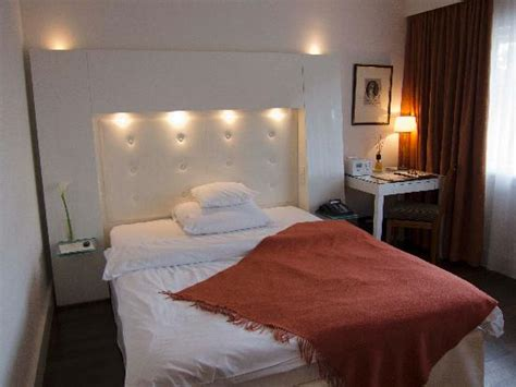 hotel rooms with inside inside hotel room with river view picture of gerbermuehle hotel frankfurt tripadvisor