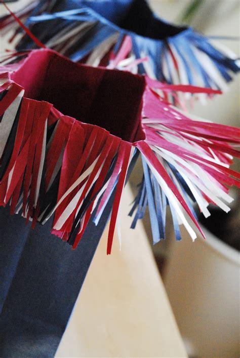 Firecracker Popcorn Bags   Family Chic by Camilla Fabbri
