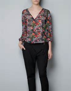 zara printed blouse with scarf peach chevron blouse
